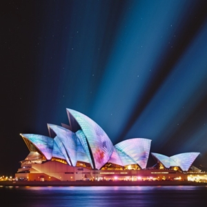 Sydney Opera House by Ethan Ou on Unsplash